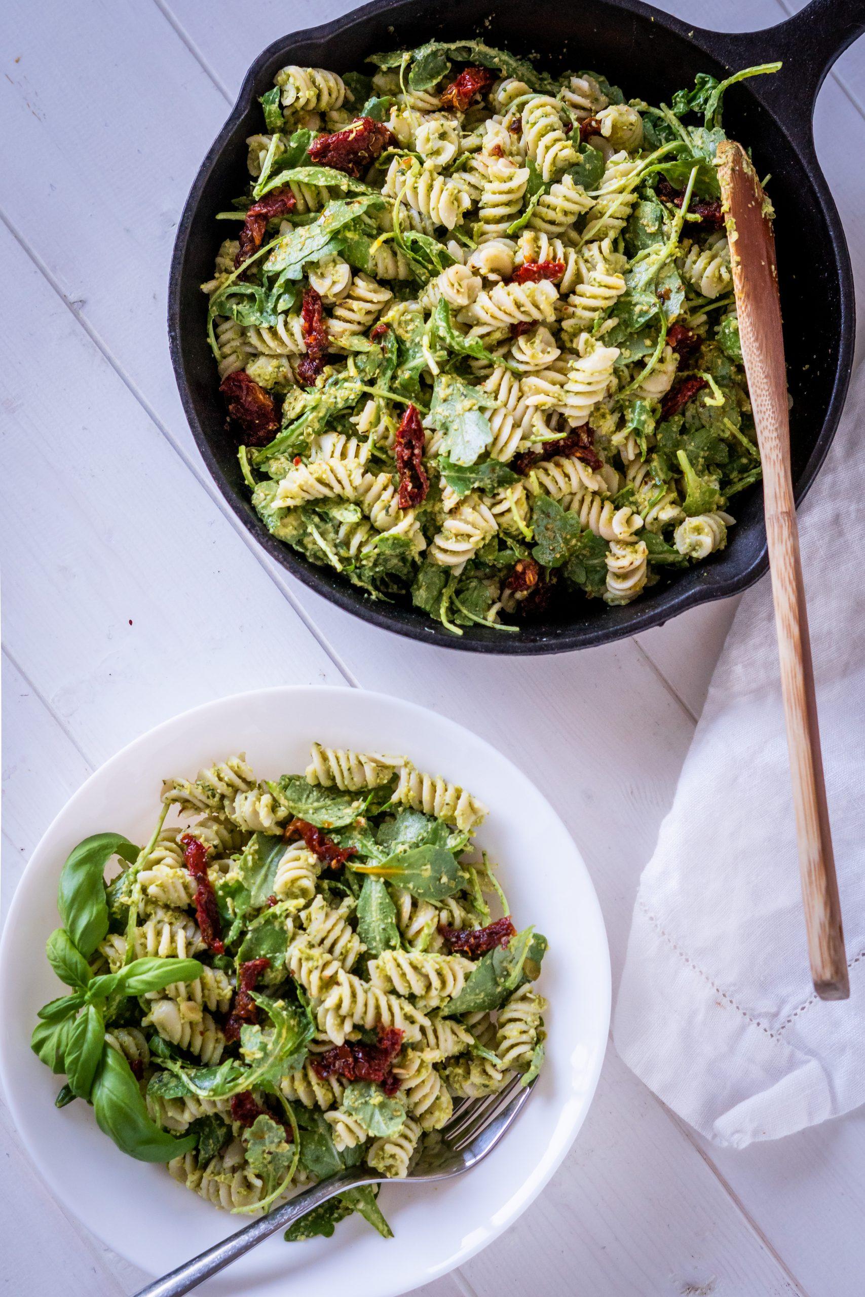 Pea Pesto Pasta served