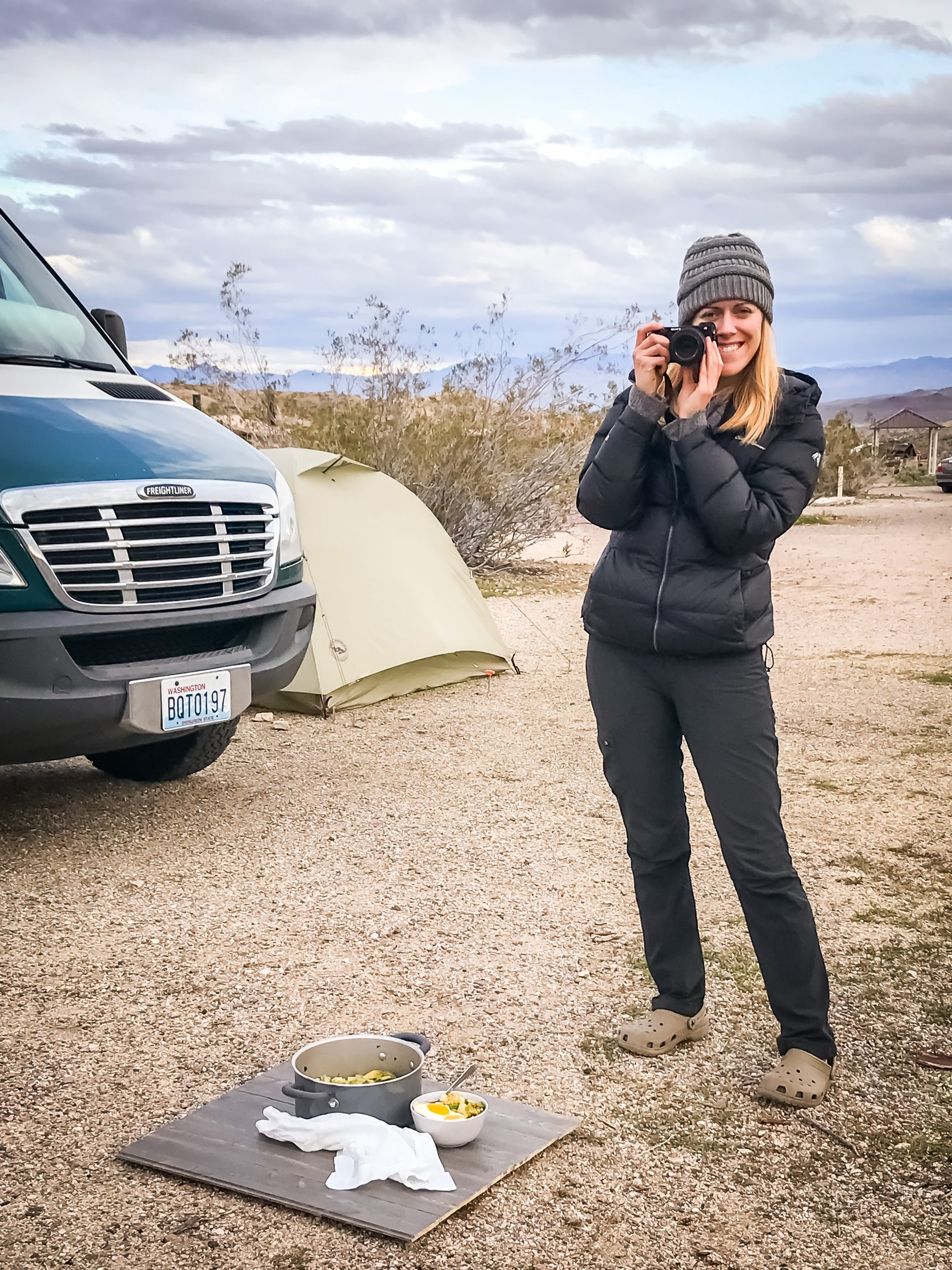 Photographing a meal outdoors for my van life food blog